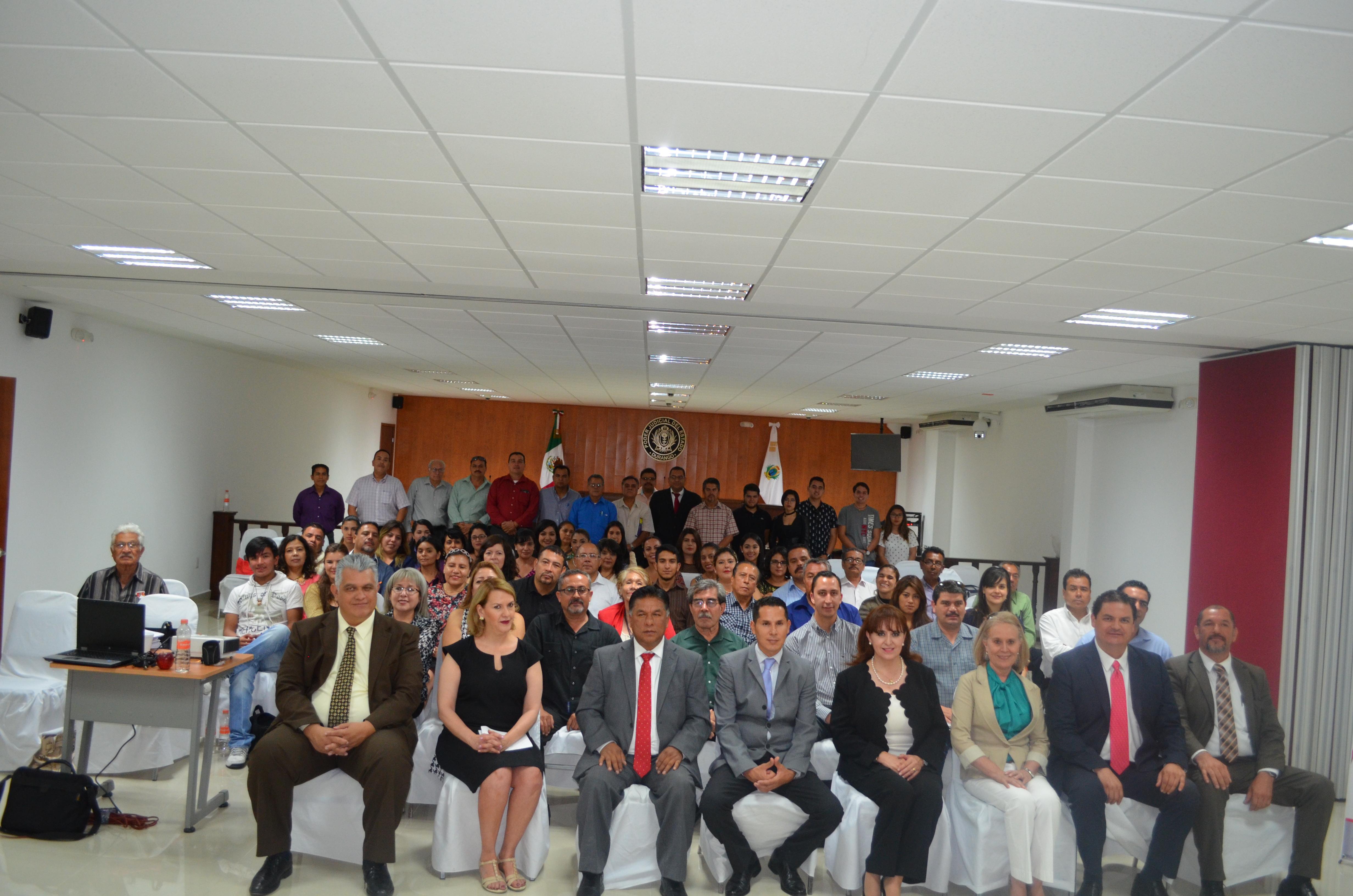 Inician capacitación abogados litigantes en Juicios Orales