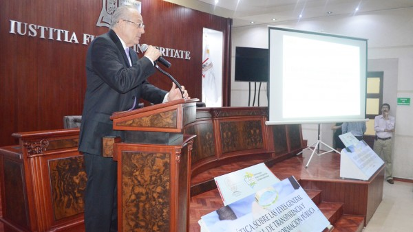 El Comisionado Presidente del IDAIP, Héctor Carriedo Saénz, ofreció todo su apoyo en la capacitación del Poder Judicial.