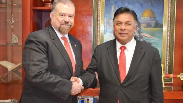El presidente del TFJFA, Manuel Hallivis, fue recibido por Apolonio Betancourt,