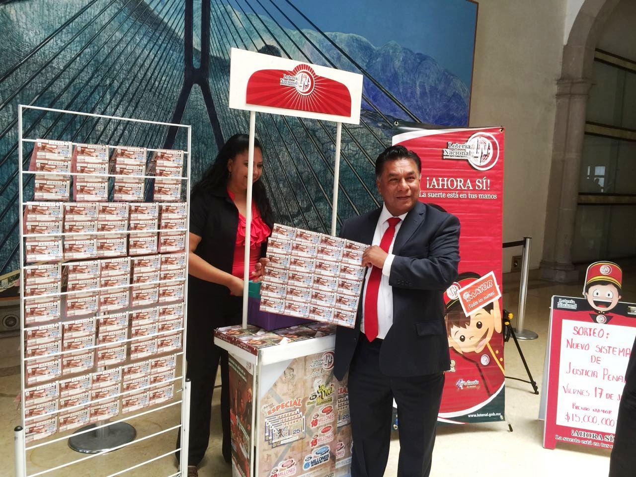 Se instala en el interior del Palacio de Justicia un módulo de la Lotería Nacional