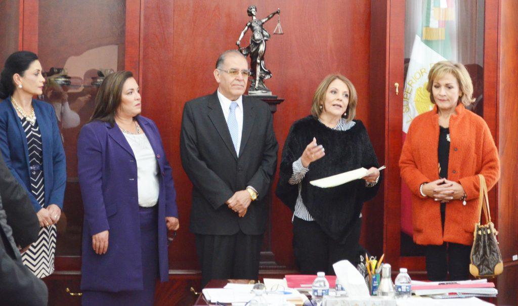 Poder Judicial entrega apoyo al DIF Estatal para los más necesitados